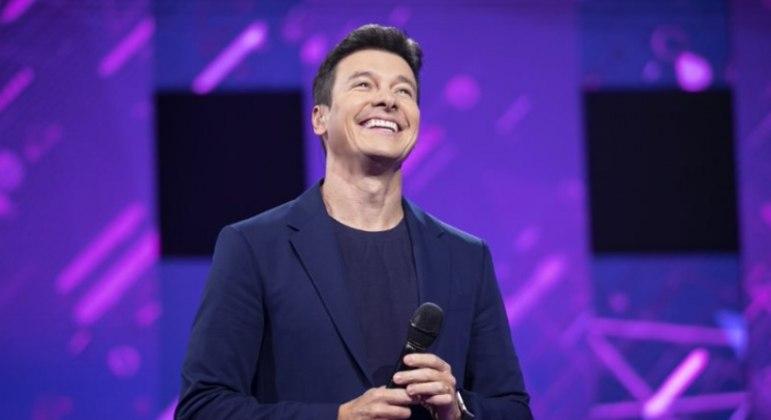 Rodrigo Faro comanda o palco da atração, que chega na 2ª edição após sucesso de audiência