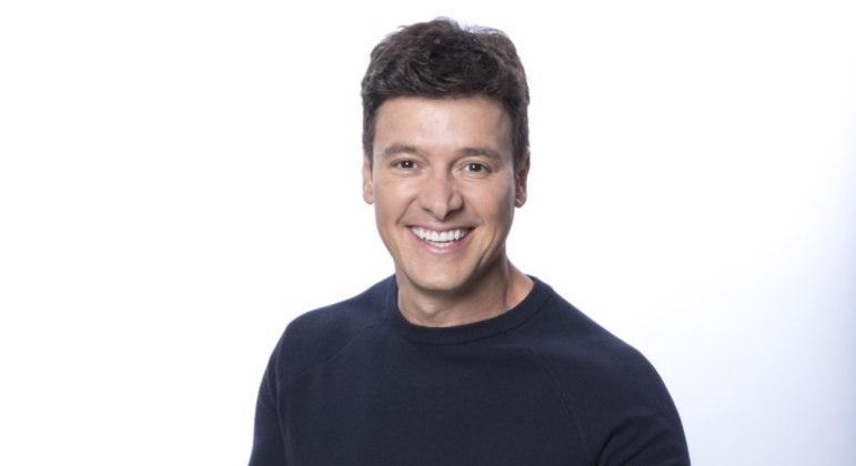 Rodrigo Faro é um dos apresentadores do 'Canta Comigo Teen 2'