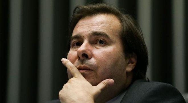 Na Câmara, atual ocupante do posto, Rodrigo Maia (DEM-RJ), ainda não se lançou formalmente para disputar a reeleição, mas já desponta como favorito