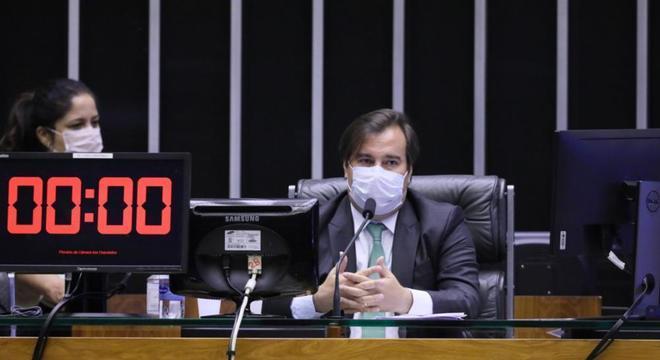 O presidente da Câmara, Rodrigo Maia, em sessão remota
