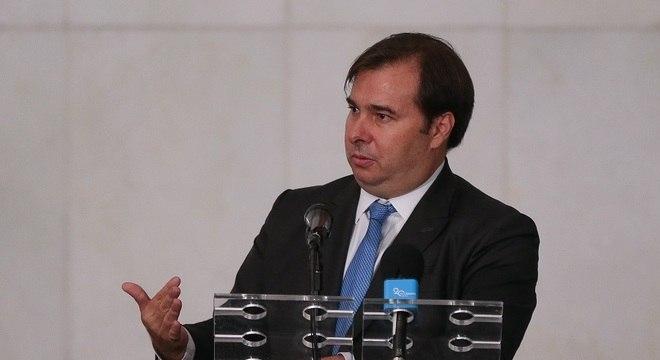 Maia falou após reunião entre presidente Bolsonaro e governadores