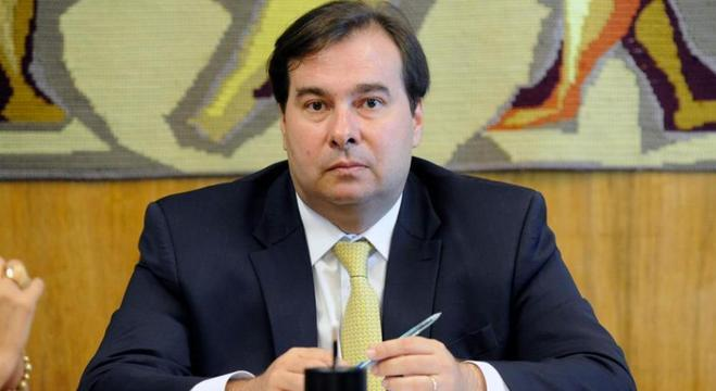 Rodrigo Maia discutiu reforma da Previdência com líderes dos partidos