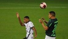 Palmeiras faz 2 a 0, mas Corinthians reage e busca empate no clássico