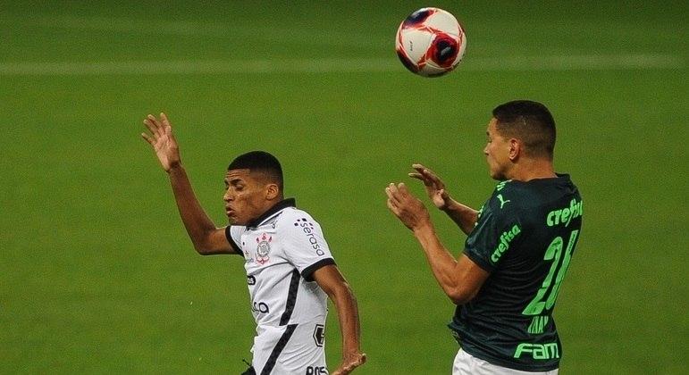 Com muitos jovens em campo, clássico entre Corinthians e Palmeiras foi bem disputado