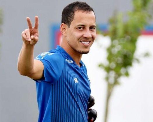 Rodriguinho (Bahia - Meia) - 33 anos -  contrato até dezembro/2021