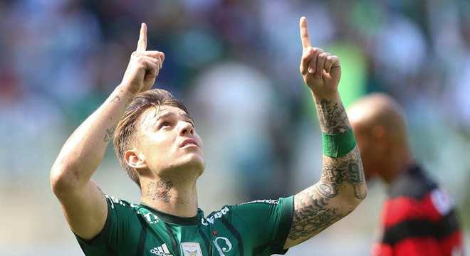 Roger Guedes negocia há tempos com o Palmeiras. Volta articulada