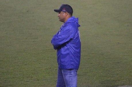Roger deixou o cargo após derrota para o Flamengo