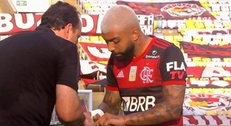 Rogério Ceni teve de suportar cobranças de jogadores, quando os substituía. Como Gabigol