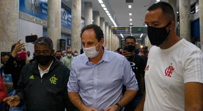 Rogério Ceni chegou na manhã desta segunda-feira ao Rio de Janeiro