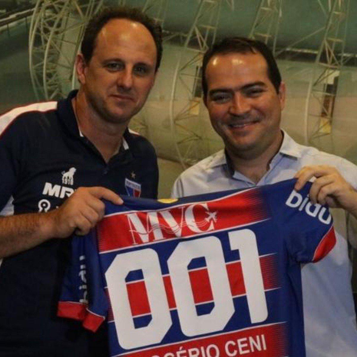 Rogério Ceni e Marcelo Paz. O dirigente liberou o treinador outra vez
