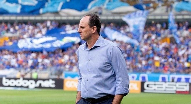 Rogério Ceni estreou com vitória no comando do Cruzeiro