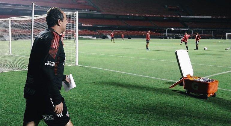 São Paulo anunciou a volta de Rogério Ceni ao clube por onde fez história como jogador