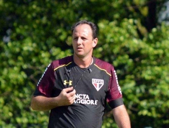 ROGÉRIO CENI - Virou técnico do São Paulo logo depois que encerrou carreira no clube em que jogou em toda sua carreira. Entretanto, acabou demitido depois um semestre sem sucesso.