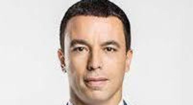 Rogério Lins recebe diagnóstico de covid-19 uma semana depois da esposa