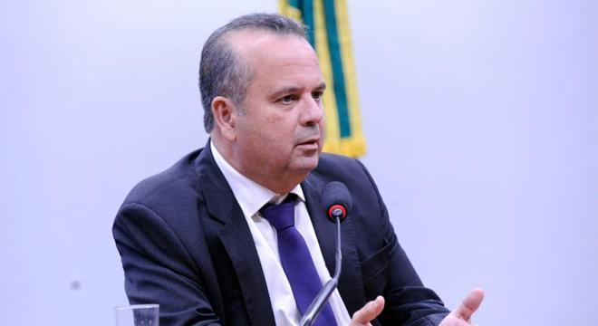 Com a presença de Marinho, Senado chegou a acordo para votar MP do INSS
