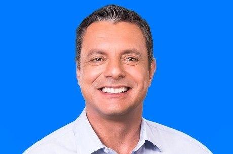 Rogério Santos  (PSDB) vence disputa no primeiro turno