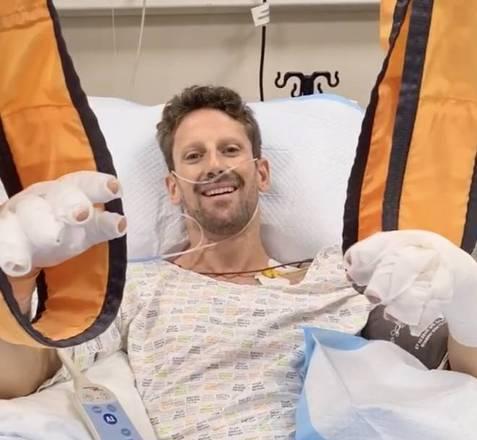 No mesmo dia do acidente, Grosjean, com a mão enfaixada, mandou um recado para os fãs dizendo que estava bem apesar do susto