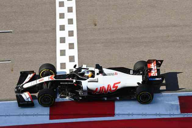 Romain Grosjean ainda sofre muito com o desempenho do carro em 2020