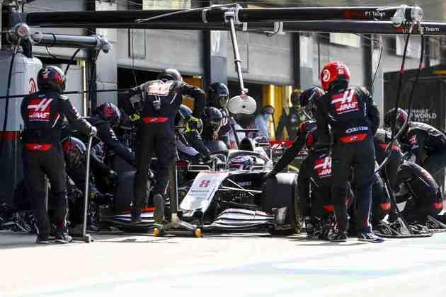 Romain Grosjean fechou o GP na 16ª posição