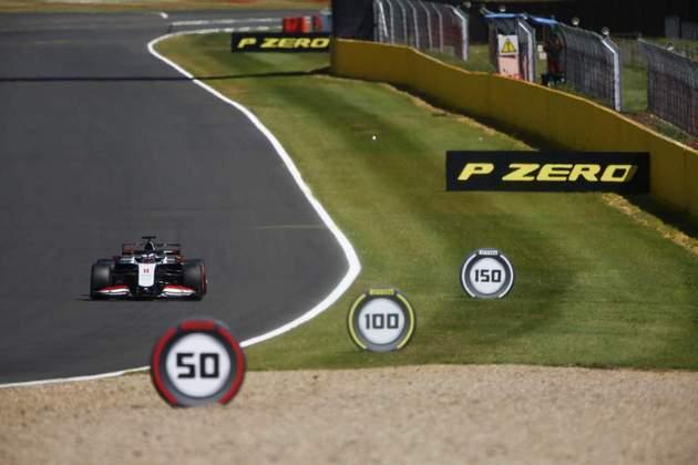 Romain Grosjean foi o 15º colocado nos treinos livres de sexta-feira