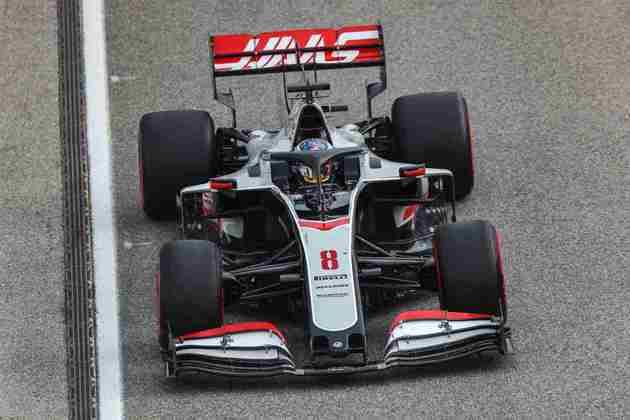 Romain Grosjean teve dura corrida em Ímola e terminou apenas em 14º