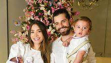 Filha de Alok e Romana recebe alta da UTI e passa Natal com a família