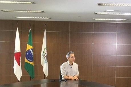 Governo de Zema não vai divulgar voos de Pimentel