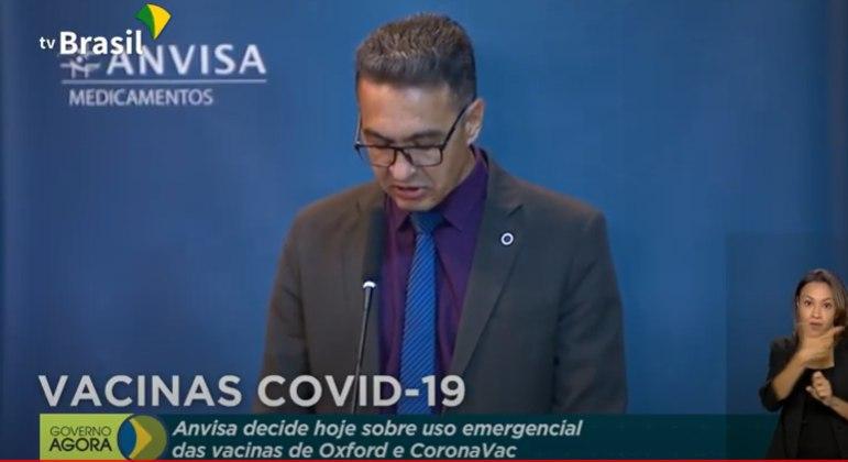 Romison Rodrigues Mota votou a favor da aprovação das vacinas contra a covid-19