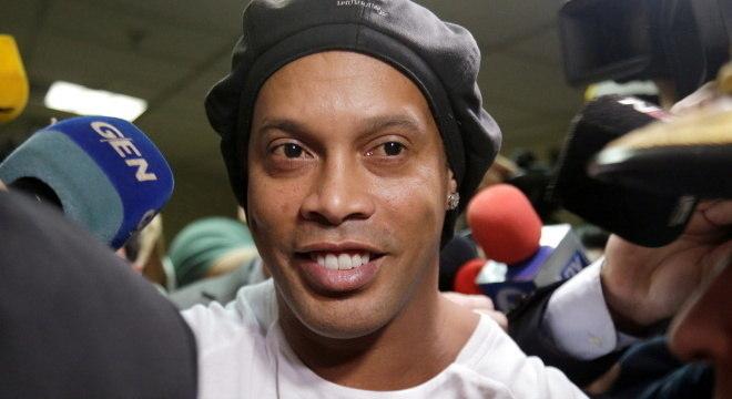 Juiz vai julga liberação de Ronaldinho a partir da próxima semana