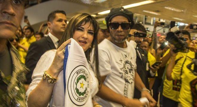 Empresária que levou Ronaldinho ao Paraguai. Presa. Suspeita de lavagem de dinheiro