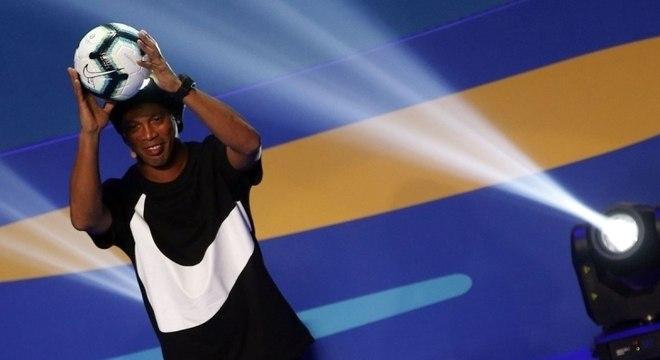 Ronaldinho Gaúcho revelou que foi contaminado pelo novo coronavírus