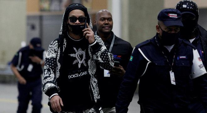 Ronaldinho Gaúcho foi liberado no caso de documentos falsos no Paraguai