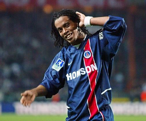 Ronaldinho – O craque brasileiro chegou à Europa em 2001 para vestir a camisa do PSG. O meia ficou até 2003 no clube de Paris e também integra a lista de Mbappé