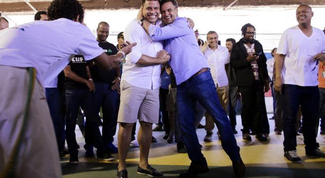 Ronaldo deveria ser o ministro dos Esportes, caso Aécio fosse presidente