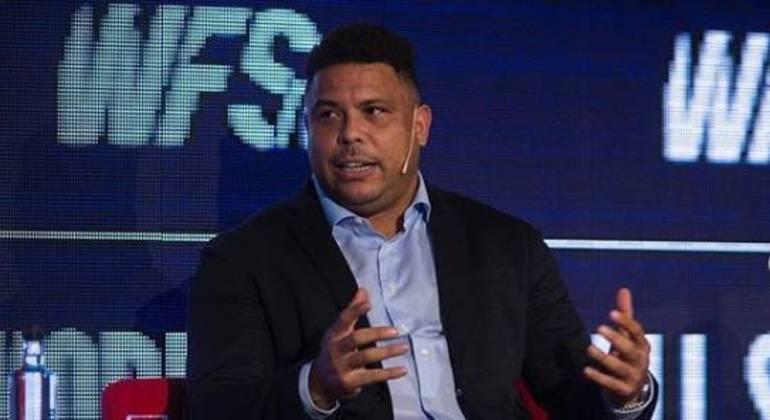 Entenda como Ronaldo Fenômeno ajudou Corinthians a fechar com a Brahma