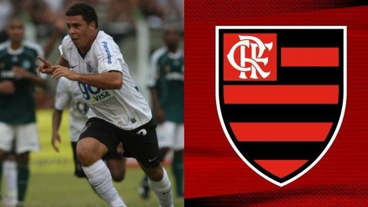 Ronaldo - Flamengo- Flamenguista declarado em sua infância, Ronaldoestava treinando no Flamengo após deixar o Milan, em 2009, e uma grande expectativa foi criada para um possível acerto. Mas foi o Corinthians quem acabou anunciando a contratação do Fenômeno, onde conquistou títulos e se tornou ídolo.
