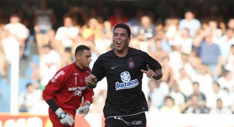 Ronaldo é um dos maiores atacantes de todos os tempos