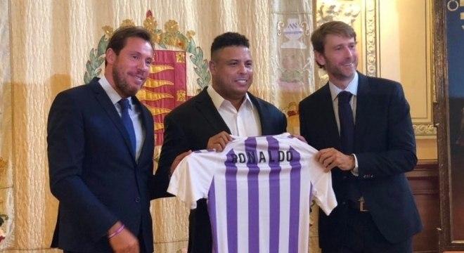 38c0061f3d Ronaldo compra o Real Valladolid e é apresentado na Espanha ...