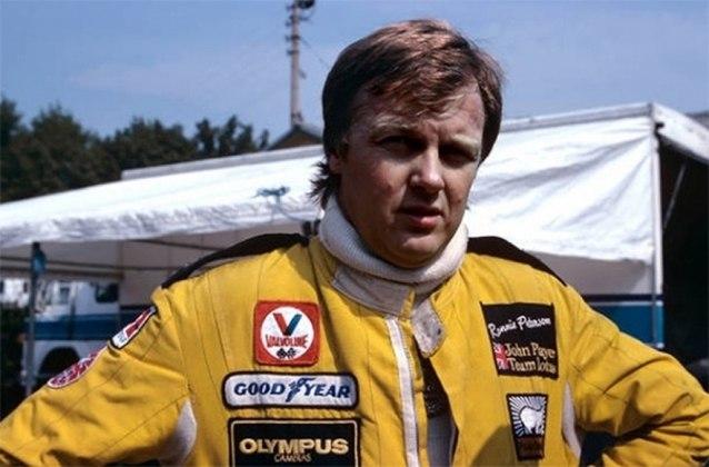 Ronnie Peterson - O talentoso piloto sueco foi vice-campeão duas vezes na Fórmula 1: em 1973, pela March, e em 1978, pela Lotus, O automobilista morreu aos 34 anos em um trágico acidente.