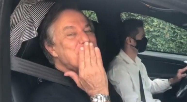 'Dia especial', disse o apresentador na legenda do vídeo postado