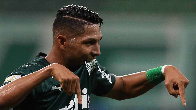 Rony marcou o terceiro gol. Palmeiras só precisou do primeiro tempo para vencer o Bahia