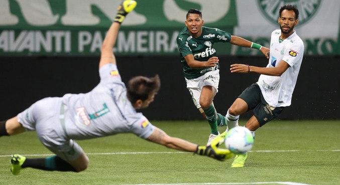Palmeiras tinha 'obrigação' de vencer em casa. Mas não conseguiu criar chances. Lento