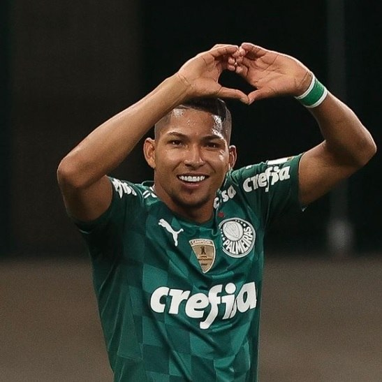 Atacante do Palmeiras quer valorização, ganhar aumento, pelo que faz pelo clube