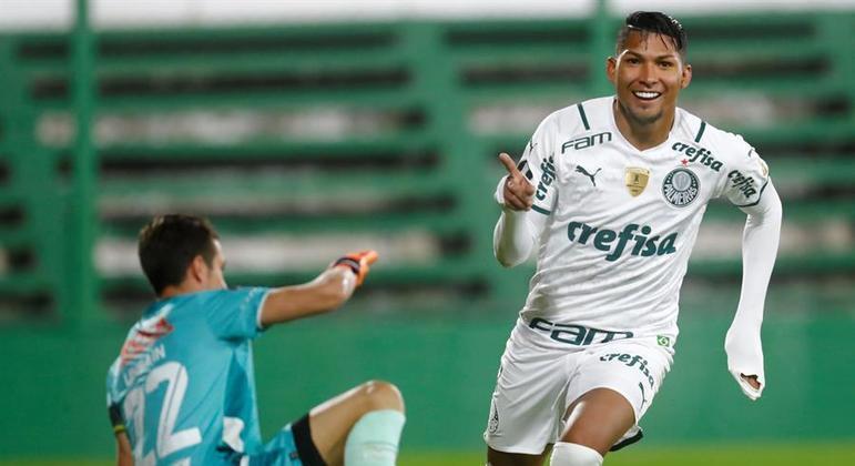 Rony fez dois gols para confirmar a fama de 'senhor Libertadores'