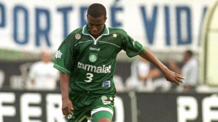 Roque Júnior chegou a ser treinador e dirigente após encerrar a carreira. Trabalhou no Ituano e XV de Piracicaba como técnico.