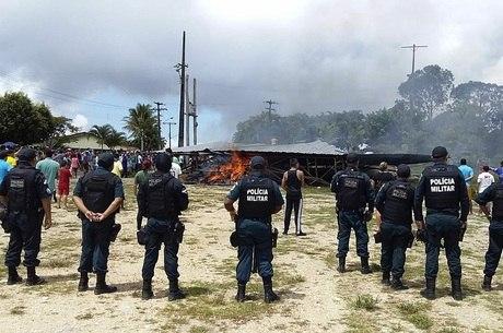 Tumulto na cidade começou após protesto pacífico