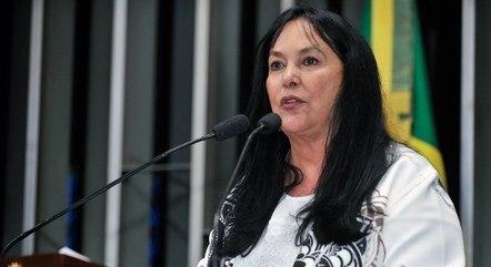 Na imagem, a senadora Rose De Freitas
