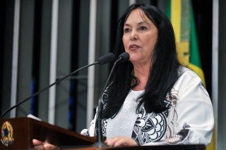 Na imagem, a senadora Rose de Freitas (Podemos-ES)