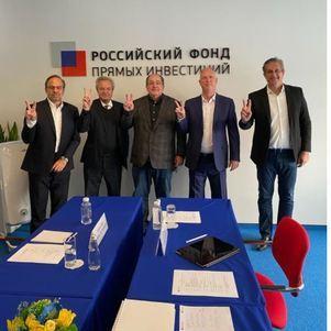 Brasileiros na Rússia para reunião