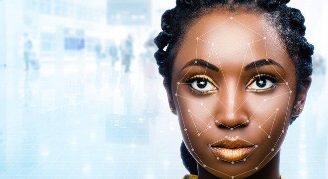 Segundo o Google, tecnologia de reconhecimento facial é menos acurada quanto mais escuro for o tom de pele dos analisados